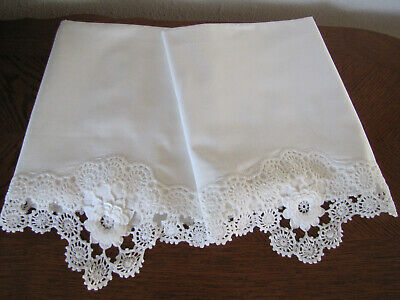 Vintage Pair Of Pillowcases White & White Crocheted Cabbage Roses Exquisite Wow