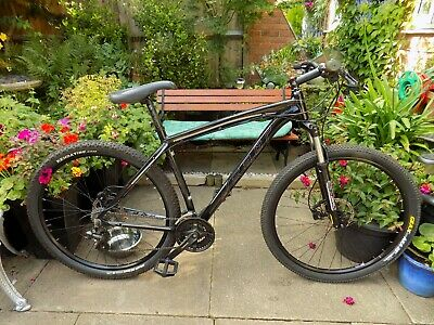 "Felt Nine Seventy 29er Mountain Bike      20"" Frame       Hydraulic Disc Brakes"