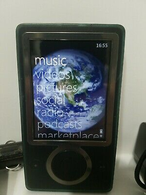 Microsoft Zune 30gb Media Player w/ Charger, Car Adapter/transmitter - Tested