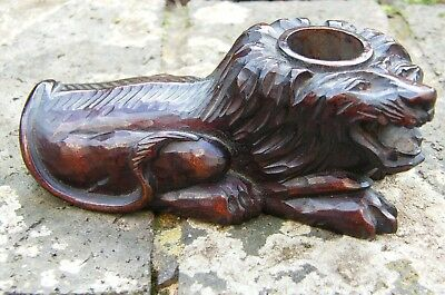A Carved Wood Wooden Lion  Pot Ink Well