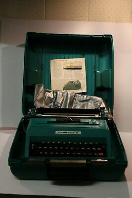Vintage Olivetti Studio 45 Aqua Cased Typewriter Made In Spain