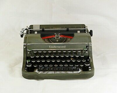 Underwood Champion Made in USA 1940. Serviced.