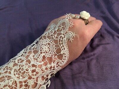 Decorative White Lace Cuffs (pair) with attached ring, new