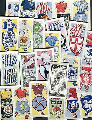 KANE-FULL SET 25 CARDS EXC+++ CRICKET CLUBS /& BADGES