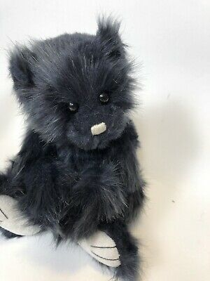 TEDDY Charlie Bears 🐻 9 inch fully jointed bear with magnetic paws! Very cute d