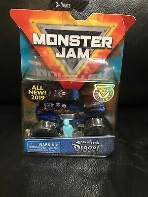 MONSTER JAM SON-UVA Digger Champ Ramp Freestyle Playset - EUR 22,25