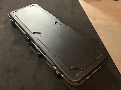 SKB 1SKB-66 Deluxe Electric Guitar Rectangular Molded Hard Case w/ TSA Latches