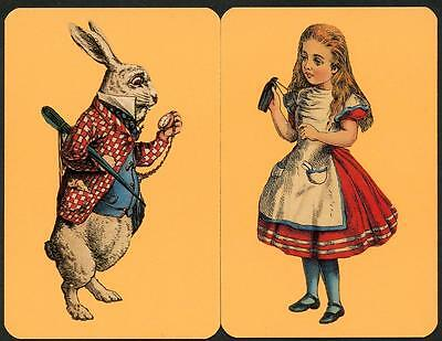 Alice In Wonderland Pair Of Cards In Excellent Condition