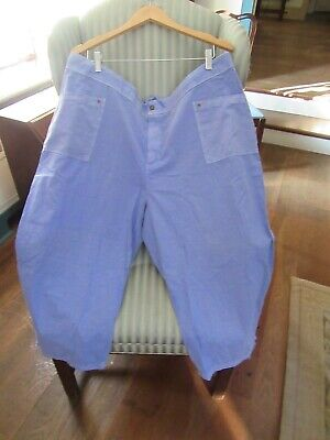 Nwt! Fresh Produce Cotton Broadcloth Capri   On Periwinkle...(3X) .Relaxed Fit