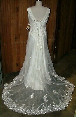 Victorian Trading Co. Chantilly Lace Corset Back Beaded Wedding Dress sz 8 20R
