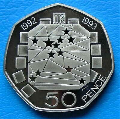 1992 Elizabeth ll Fifty Pence (50p) Decimal coin.  EEC Dual Dated
