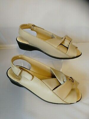 Ladies Cosyfeet Size 6 extra Roomy Sandals Selena Beige
