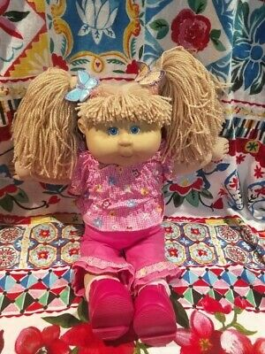 Playalong cabbage patch doll 2004 With Glasses and Freckles