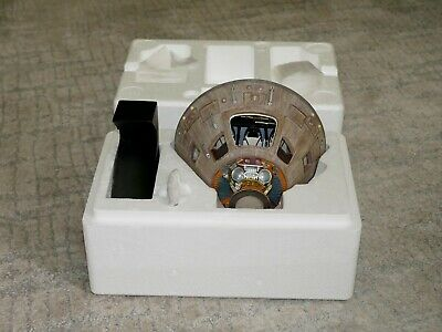NASA Apollo 11 Command Module Space Capsule Display Moon Landing 1/24 Model