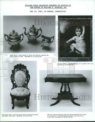 1981 Press Photo William F. Buckley Sr. Estate auction antique items - nop10742