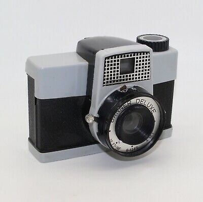 Banner Deluxe Diana Clone 120 Roll Vintage Toy Camera - Lomo/Lomography c.1960's
