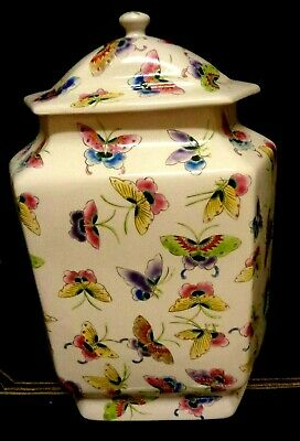 """Vintage Chinese Hand Painted Porcelain Ginger Jar, 14"""" T x """" W, 10"""