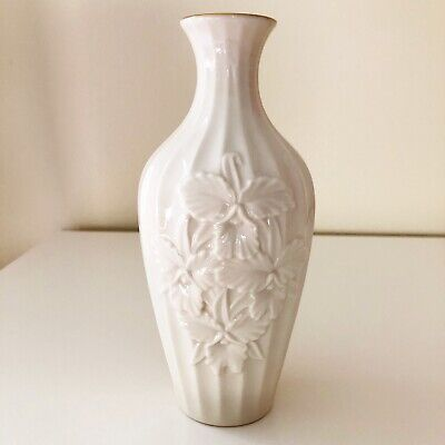 "Mid Century Lenox China Ivory Floral Ribbed Vase 7.5"" 24k Gold Trim Made USA"