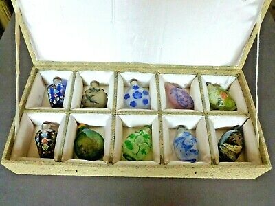 Vintage 10 Glass Snuff Bottle Collection Chinese 20th Century in Collectors Box