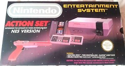 BOXED Nintendo Entertainment System NES Action Set Console Light Gun Duck Hunt