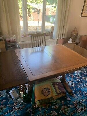 Vintage 1930's 40s Oak Extending Dining Table