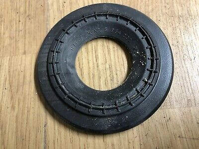 Miele Vacuum Cleaner Part = S5211, Power Plus 5000 = Motor Rubber Ring.