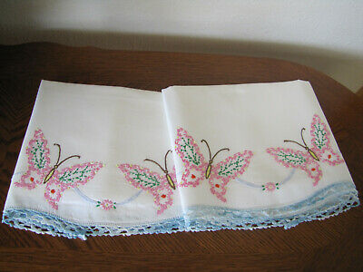Vintage Pair Of Pillowcases Embroidered Crocheted Butterflies Asters Exquisite