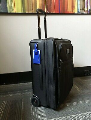 New TUMI Alpha 2 Continental Expandable 2-Wheel Carry-On BLACK QUICK SHIIPPING