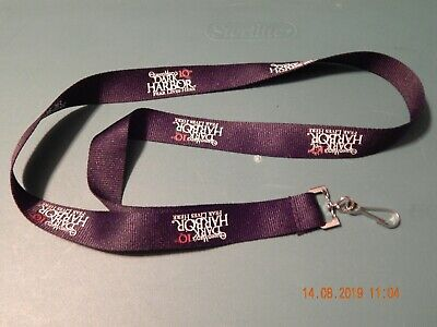 """The Queen Mary's 10Th Dark Harbor Fear Lives Here Lanyard Black 18"""" New"""