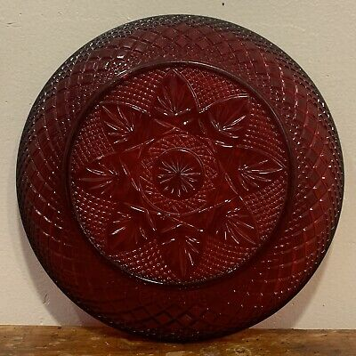 """VTG Arcoroc Ruby Red Glass Small Dessert/Salad Plates 8"""" Queen Anne Style France"""