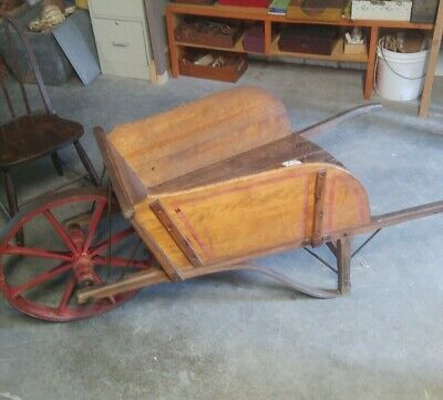 Antique Wheelbarrow No. 7 Paris Manufacturing Company, South Paris, Maine USA