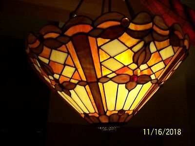 "Luminaire Tiffany Style Stain Glass Mosaic Scalloped 28"" Tall Ceiling Chandelier"