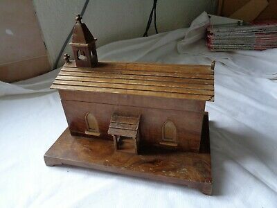 Vintage Church / Chapel Wooden Music Box in Good Working condition.
