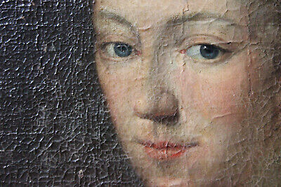 Antique Early 18thC English School Oval Oil on Canvas Portrait of a Lady c.1730