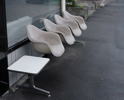 4 EAMES ARM CHAIRS tandem seating bank vitra herman miller