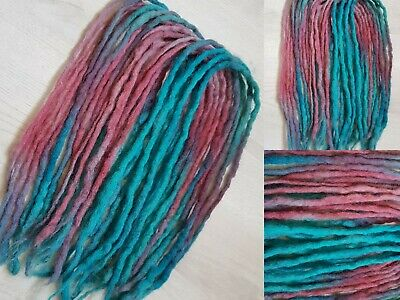 19DE Wool Dreadlocks Blue & pink/red