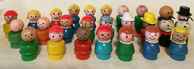 You Choose Vintage Fisher Price Little People Figures WOODEN Some Very Rare!
