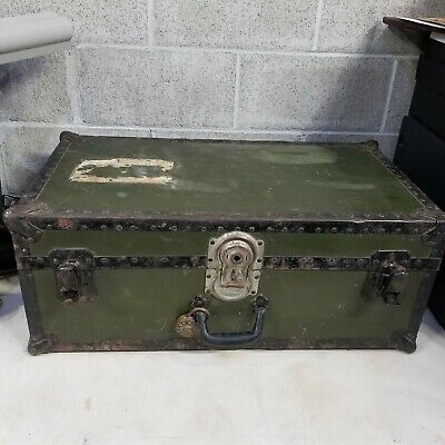 WWII USA Army Footlocker Trunk Chest + Tray COMPLETE