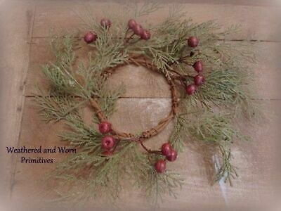 """Primitive 11.5/"""" Faux Cedar /& Dark Red Berry Christmas Candle Ring 4/"""" Opening"""