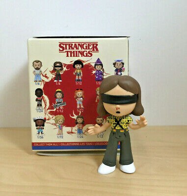 Funko Pop! Mystery Minis Stranger Things Season 3 - Battle Eleven - 1/6