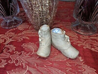Antique Vintage Old Victorian 1900 Era White Leather Child Baby Doll Shoe Boots