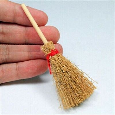 FD3430 Wooden Broom Wicca Witch Garden 1:12 Dollhouse Miniature Accessory Gift♫