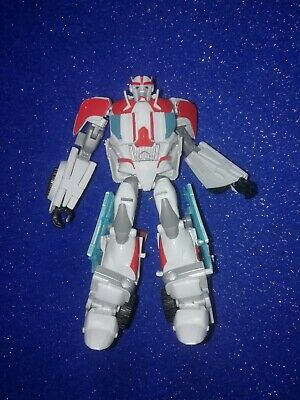 TRANSFORMERS PRIME DELUXE RID Arcee (Robots in Disguise