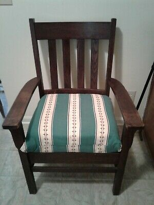Antique / Vintage Mission Oak Arts & Crafts Arm Chair with cushion nice sturdy