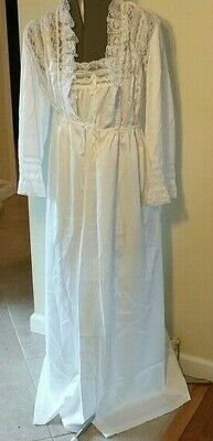 Vintage Juli of Slumbertogs Peignoir Nightgown and Robe Victorian White M Lace