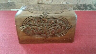 Antique,  Vintage Carved Playing Cards Box  Fabulous Condition