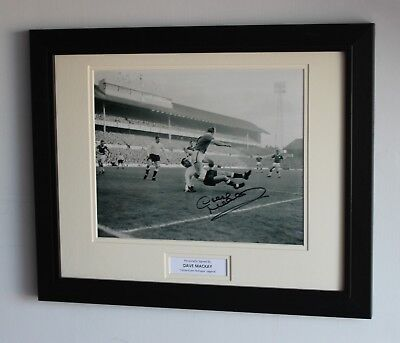 FRAMED Dave Mackay Tottenham Hotspur Hand SIGNED Autograph Photo Mount COA Proof