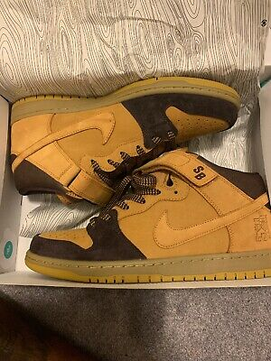 size 40 a893e ce0ad NIKE SB DUNK Mid Pro Lewis Marnell