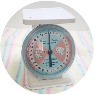 Vintage American Family 30 Pound Baby Nursery Scale - WORKS!