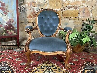 Superb Antique Walnut French Louis Style Chair~Armchair~Bergere